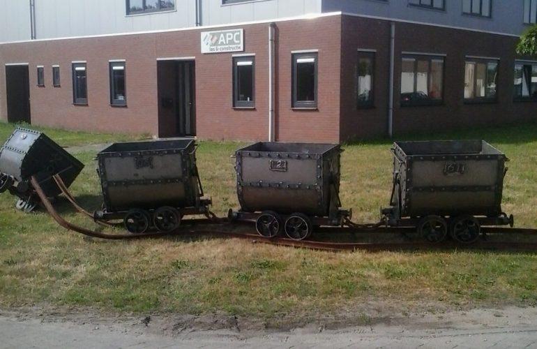 Mijnwagens t.b.v. attractiepark